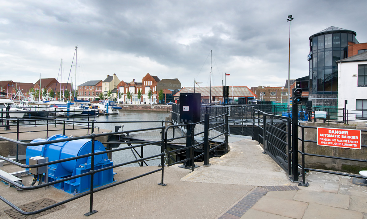 New operating and control systems for refurbished sector gates | Hull Marina