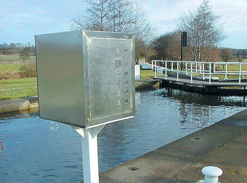 New lock gate control systems | Aire and Calder Canal