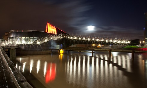Scale Lane Bridge at night | Hull
