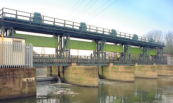 Five river control gates and control systems replaced with modern design | Spondon Sluice