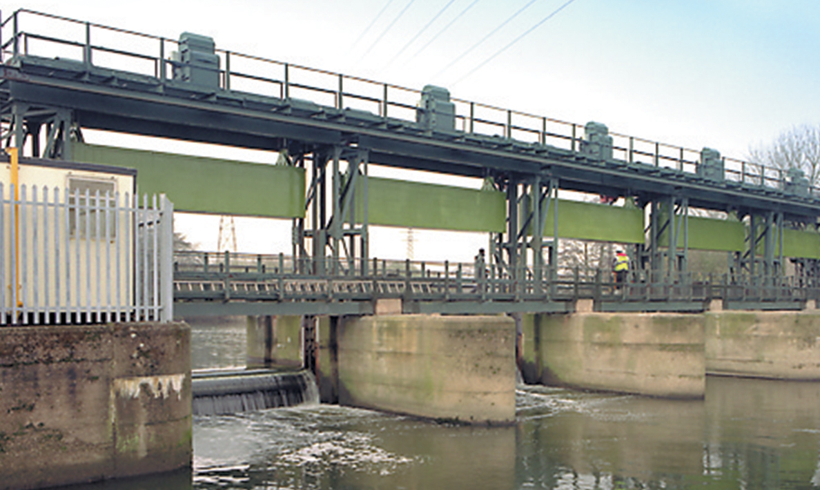 Five river control gates and control system replaced with modern design | Sponden Sluice